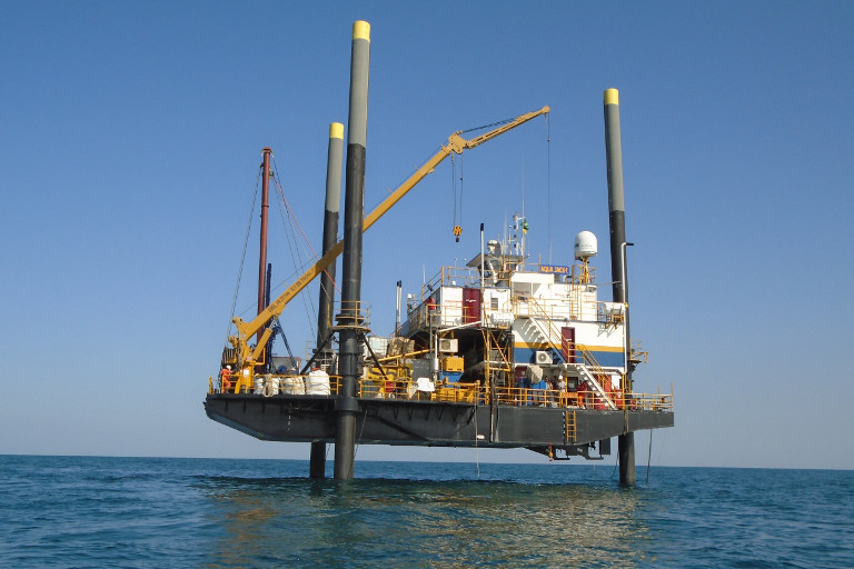 GMRJ50 nearshore drill rig on jack-up barge